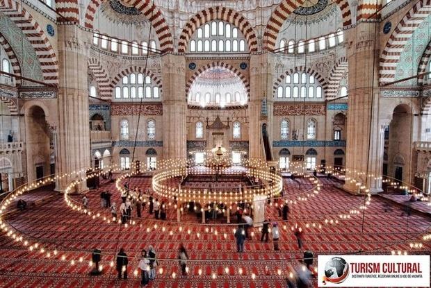 Turcia Edirne Moscheea Selimiye vedere de la primul etaj