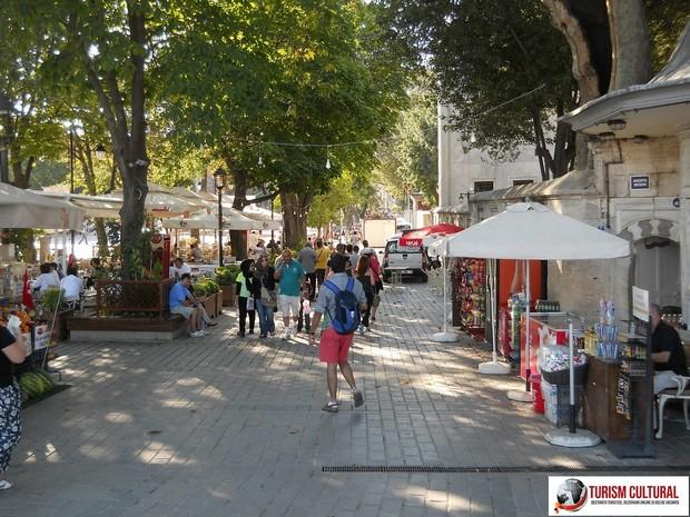 Turcia Istanbul chioscuri parc Sultan Ahmet