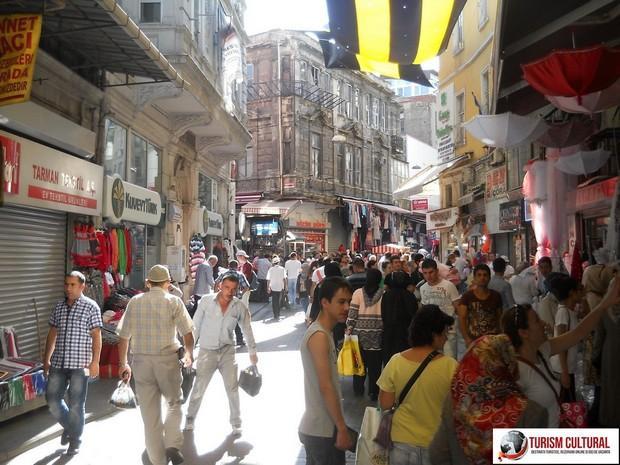 Turcia Istanbul magazine