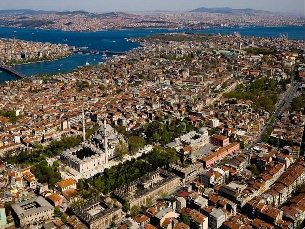 Istanbul Moscheea Fatih Apeductul lui Valens