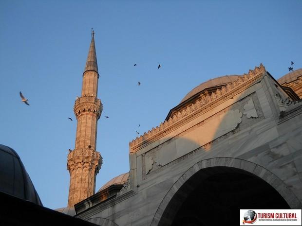 Turism Cultural - Turcia Istanbul Moscheea Sehzade minaret