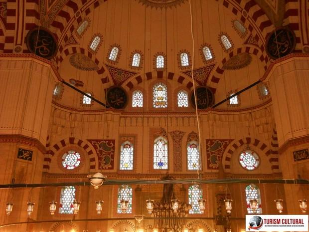 Turism Cultural - Turcia Istanbul Moscheea Sehzade vitralii