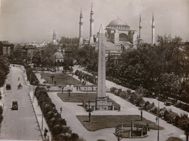 Turism Cultural - Turcia Istanbul hipodrom vedere arhiva