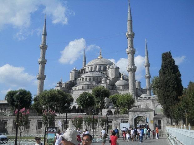 Turism Culrural - Turcia Istanbul Moscheea Albastra dimineata