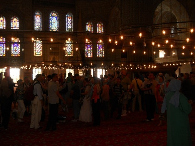 Turism Cultural - Turcia Istanbul Moscheea Albastra interior