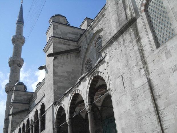 Turism Cultural - Turcia Istanbul Moscheea Albastra minaret