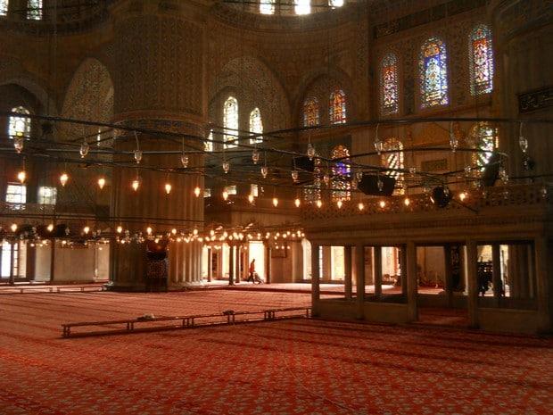 Turism Cultural - Turcia Istanbul Moscheea Albastra vitralii