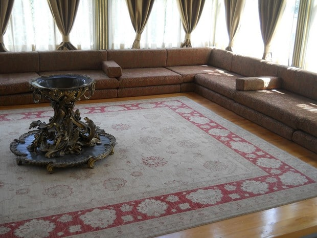 Turism Cultural - Turcia Istanbul Palatul Topkapi pavilionul Revan interior