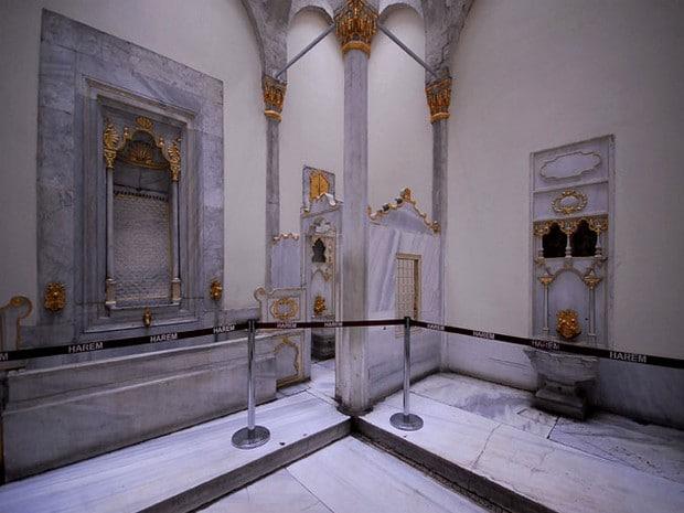 Turism Cultural - Istanbul harem baia sultanului si reginei mama