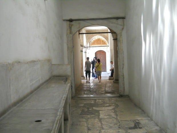 Turism Cultural - Istanbul harem coridorul concubinelor