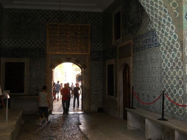 Turism Cultural - Istanbul harem moscheea eunucilor interior