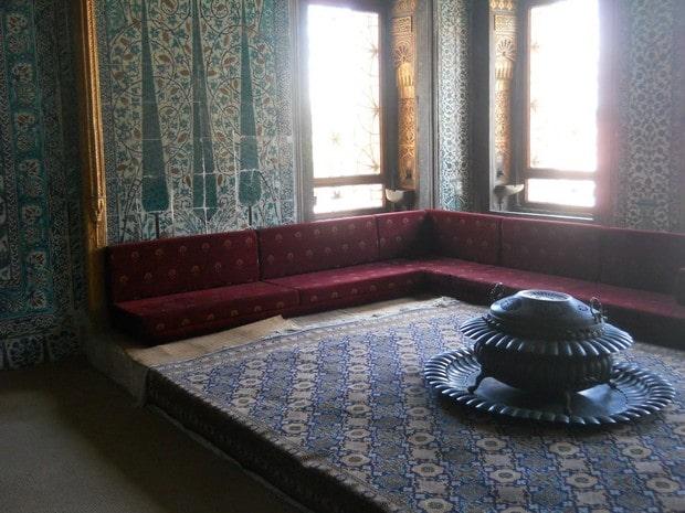 Turism Cultural - Istanbul harem pavilionul printilor mostenitori