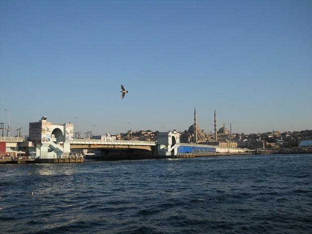 Turism Cultural - Istanbul Podul Galata mijloc basculant