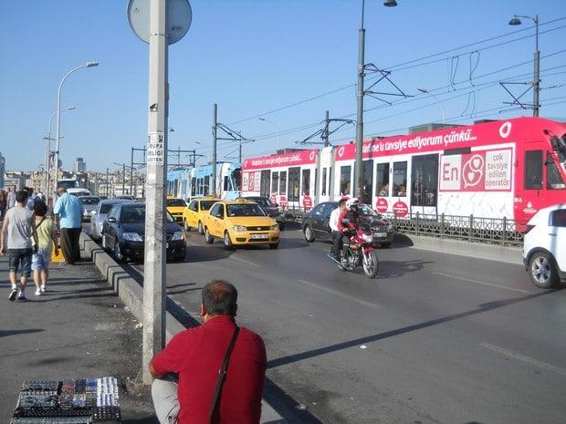 Turism Cultural - Istanbul Podul Galata tramvai