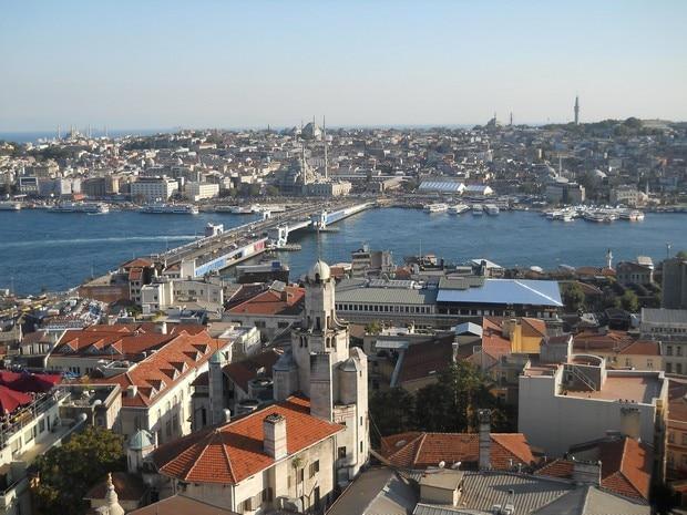 Turism Cultural - Istanbul Podul Galata vedere turn