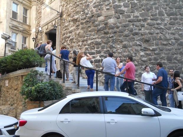Turism Cultural - Istanbul Turnul Galata intrare