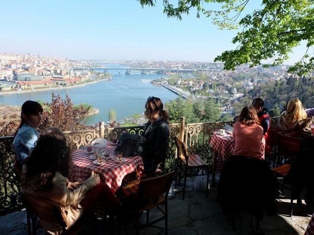 Turism Cultural - Istanbul Cafeneaua Pierre Loti