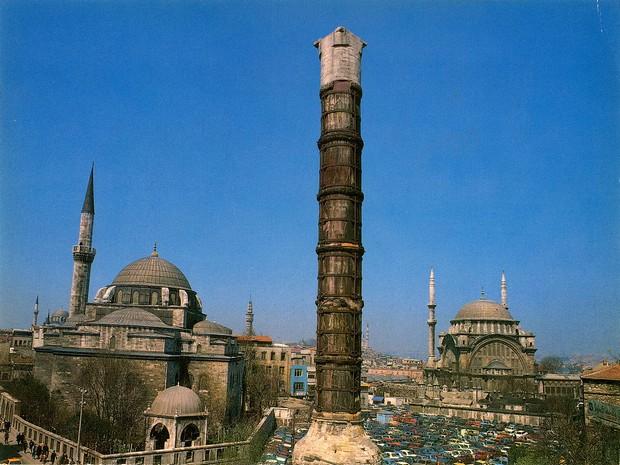 Turism Cultural - Istanbul Coloana lui Constantin
