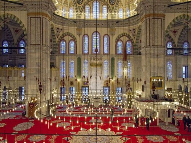 Turism Cultural - Istanbul Moscheea Fatih - interior
