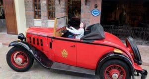 Turism Cultural - Istanbul Muzeul Rahmi Koc masina epoca