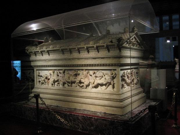 Turism Cultural - Istanbul sarcofag Alexandru Macedon