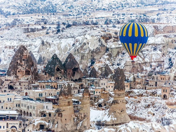 Turism Cultural - Cappadocia Goreme iarna
